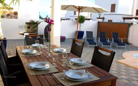 Venta de chalet independiente en Costa Teguise